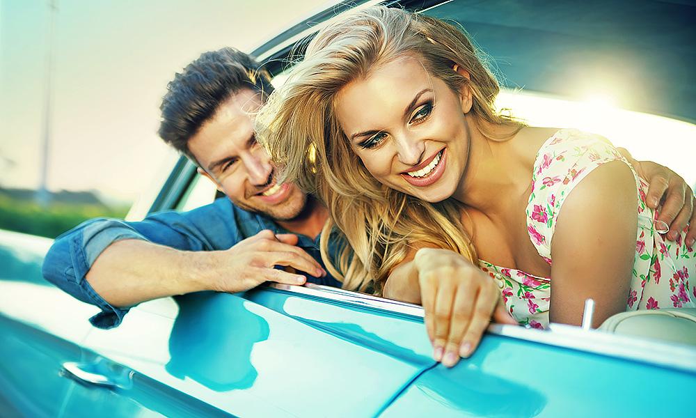 couple-car